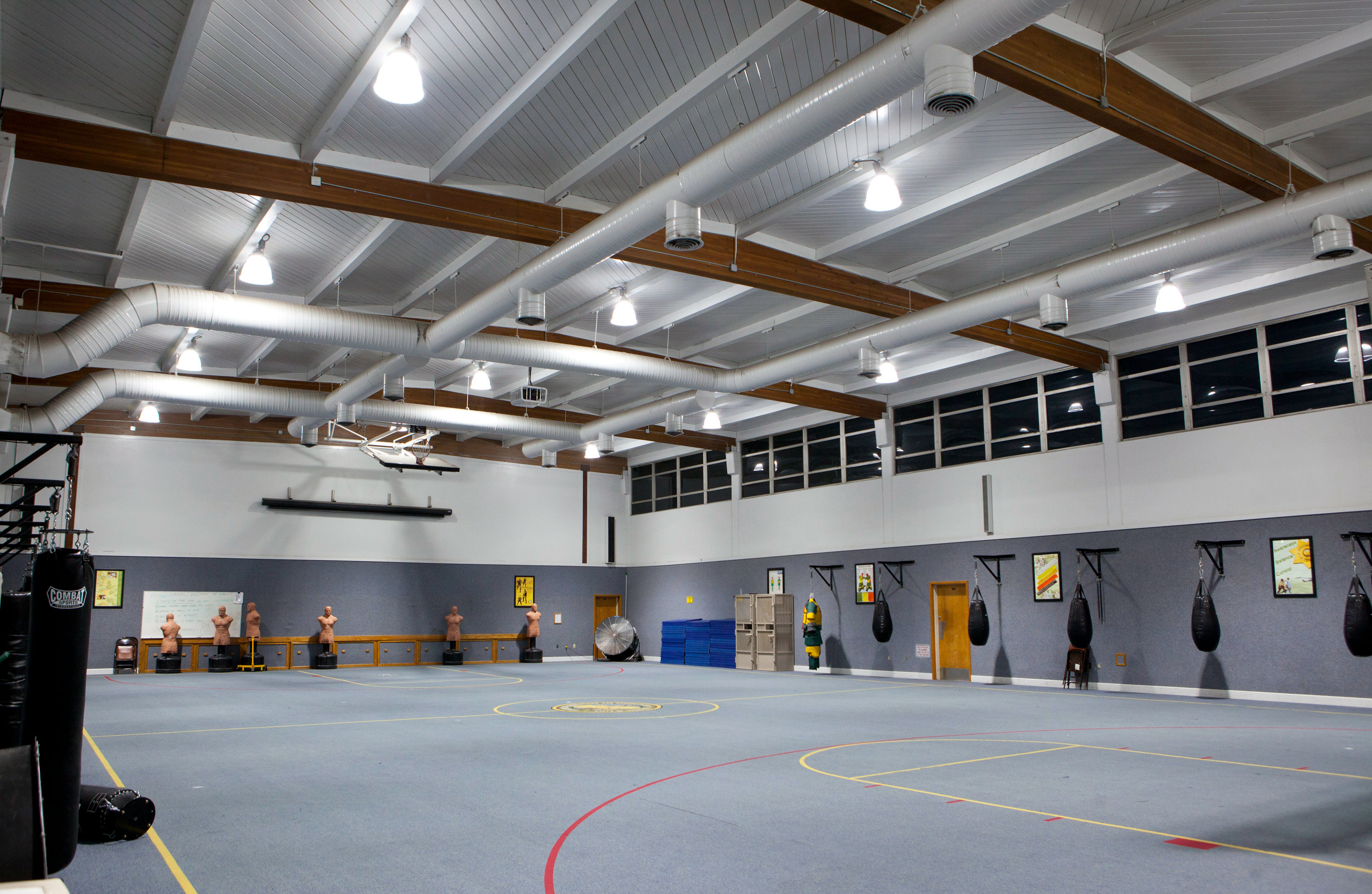 This included low wattage fluorescent l&s with high efficiency electronic ballasts LED l&s LED fixtures and ... & LED Lighting Reduces Energy Consumption at McGee Training Ctr ... azcodes.com