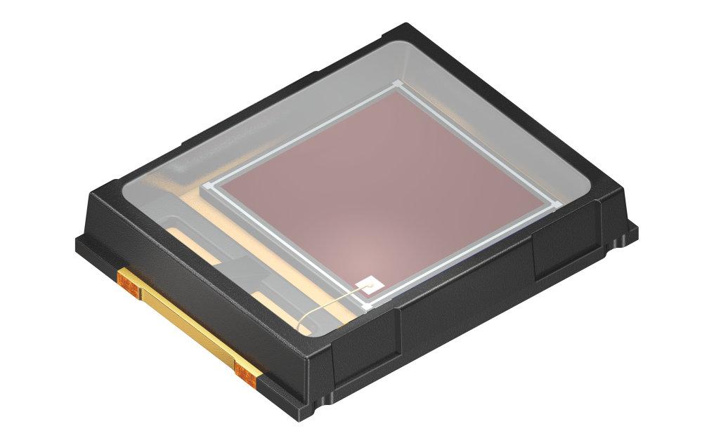 欧司朗光电半导体推出新款 IR Topled D5140 光电二极管,所需印刷电路板空间相较以往明显减少