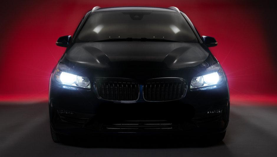 Instalacija NIGHT BREAKER LED u BMW seriju 2
