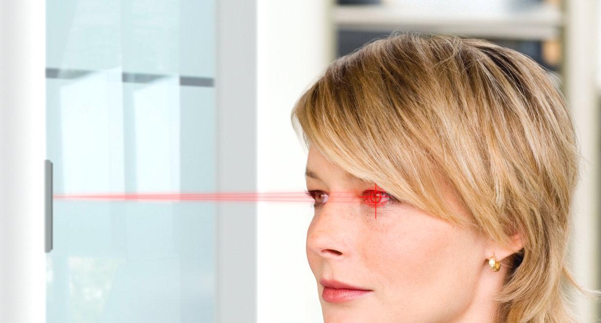 Iris-Scan und Gesichtserkennung