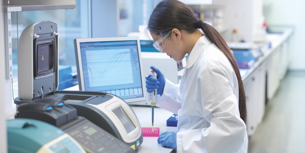 Lab with analytical equipment