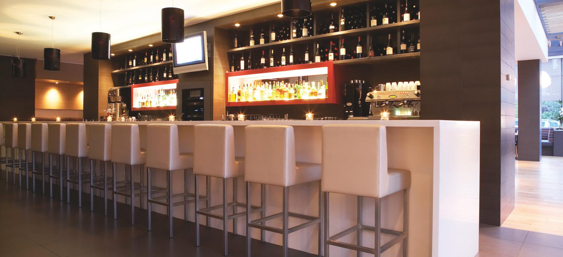 Barbeleuchtung mit LED • Bar und Restaurant • Osram für Profis ...