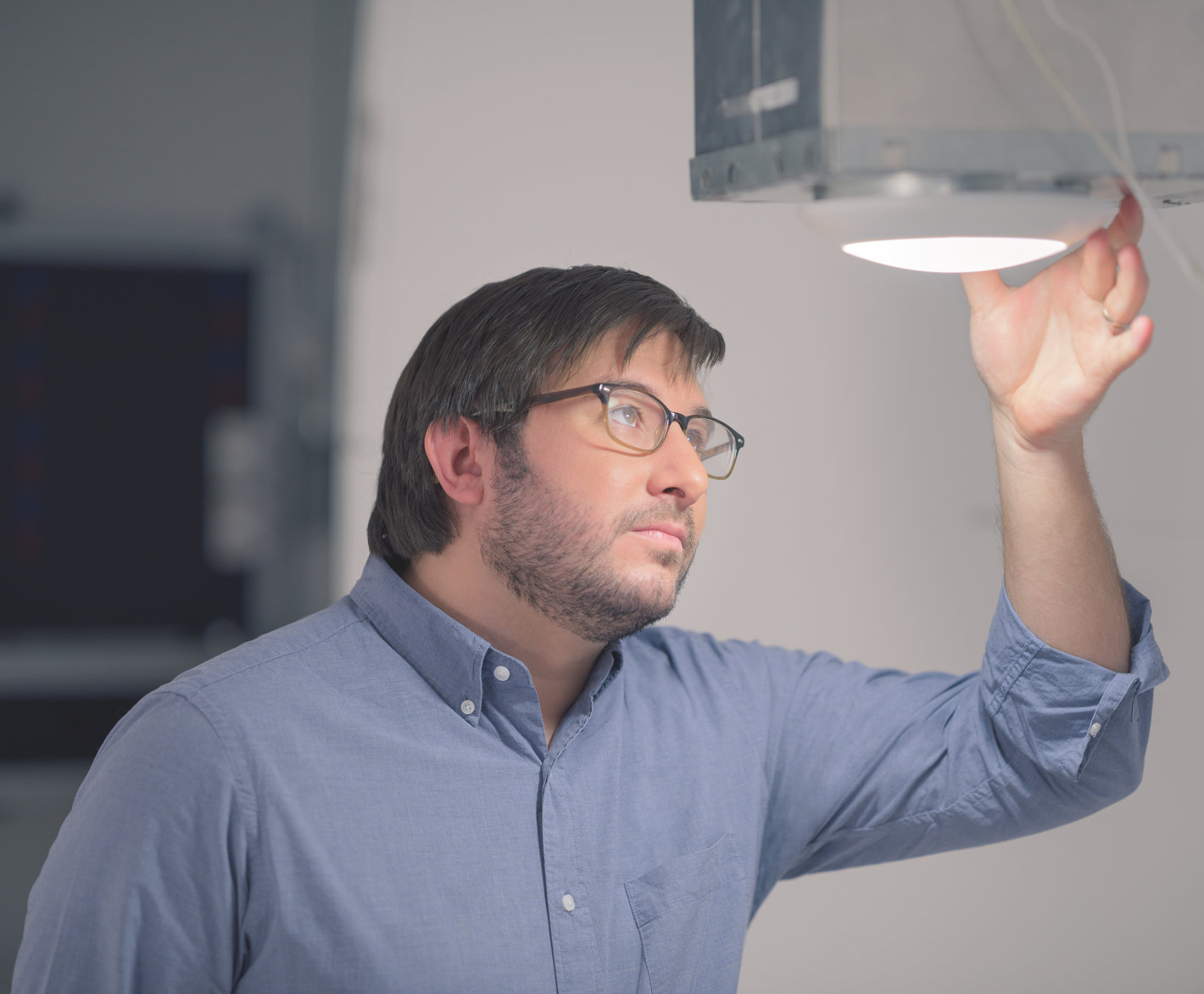 Luminaire manufacturers
