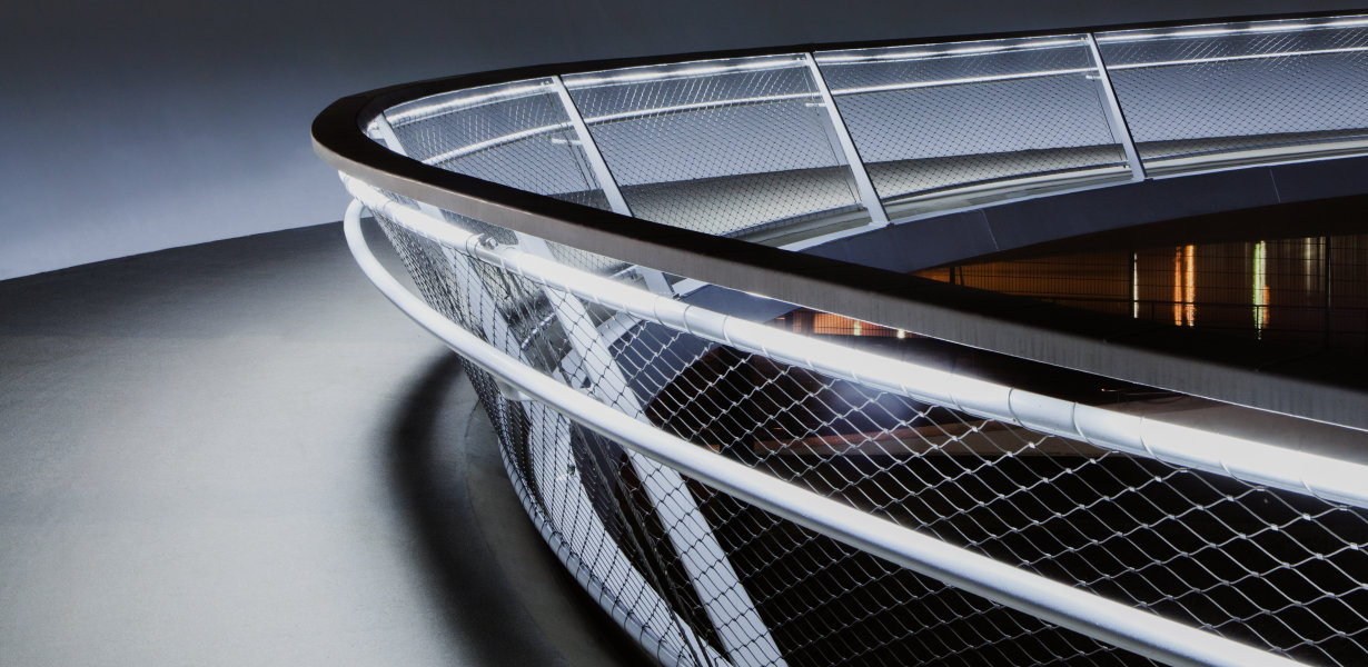 NEW LINEARlight FLEX range: Design freedom and lightness