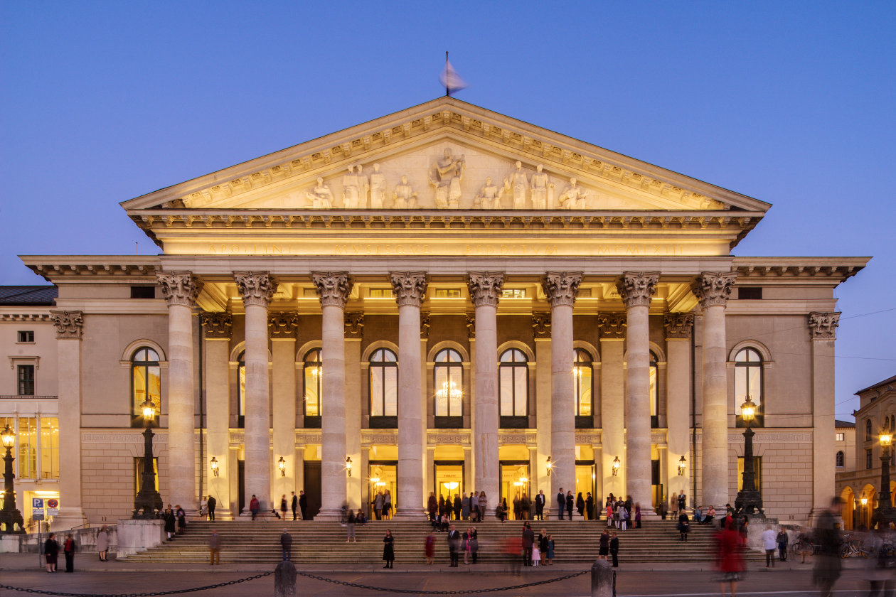 Faade Lighting For The National Theater Munich Germany Light Building Simple Constant Current Power Led Driver Do It Easy With Is Osram