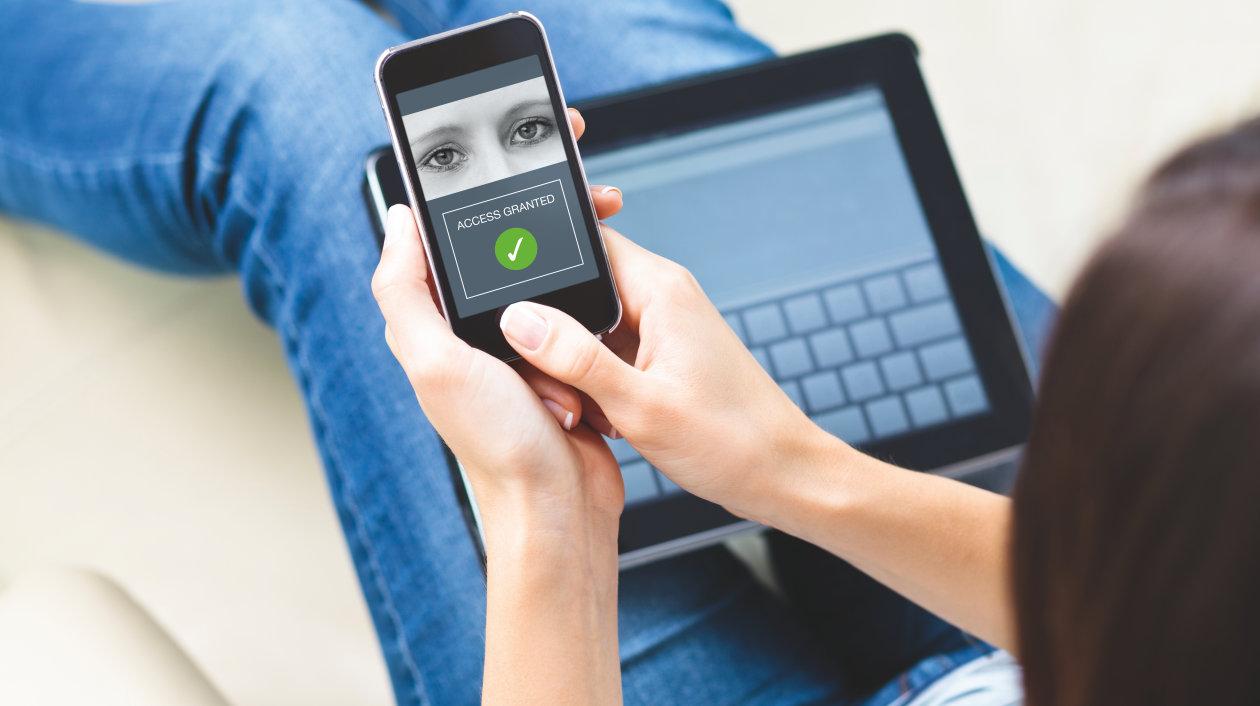 Application - Iris Scan - Biometrical Identifcation - Smartphone