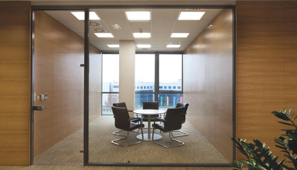 Batten luminaires osram lighting solutions essential for Kit suspension luminaire