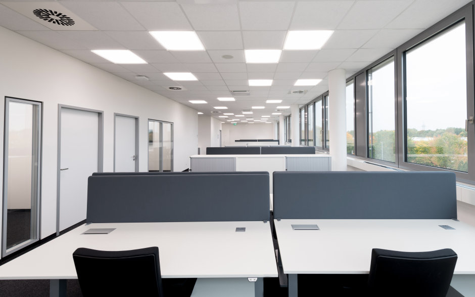 The pioneering Human Centric Lighting concept aligns lighting with the needs of human biorhythms and improves working conditions.