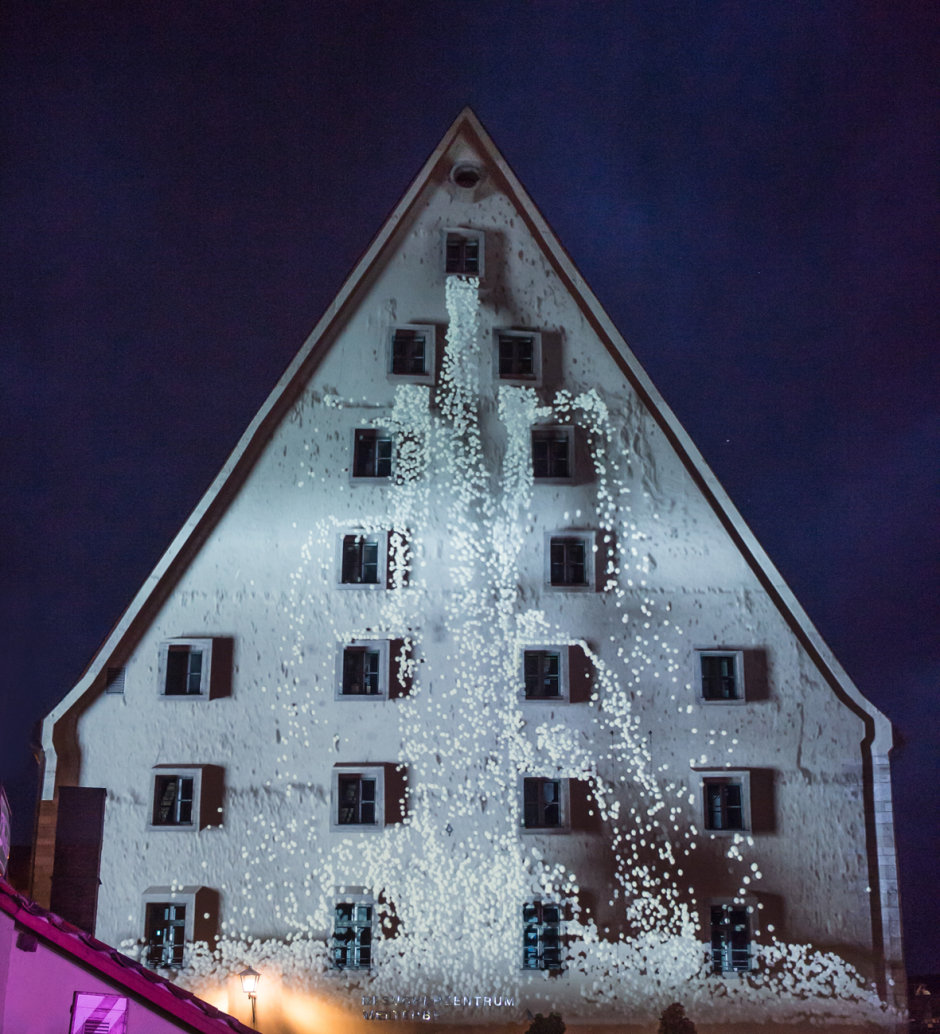 Spotlight: Light effects for the Salzstadel, Regensburg