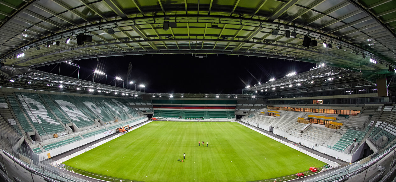 Osram has ensured a technically perfect and highly emotional start of the  season for the Austrian record-holder SK Rapid Wien  the new Allianz Stadium  in ... c9a791a1c9