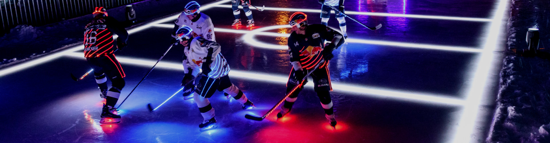 Textile lighting: OSRAM and EHC Red Bull München at top of the Zugspitze
