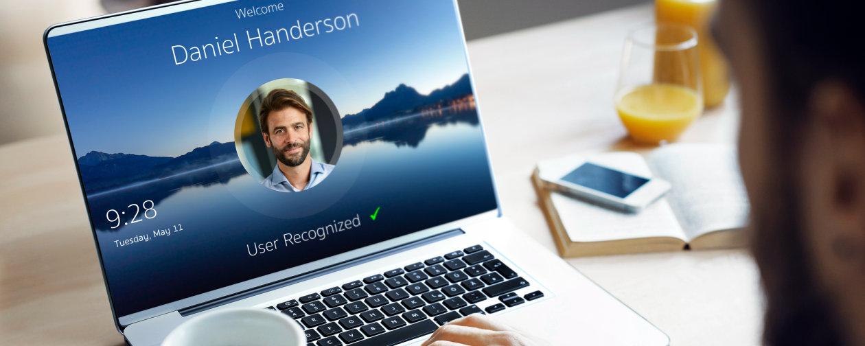 laptop-face-recognition