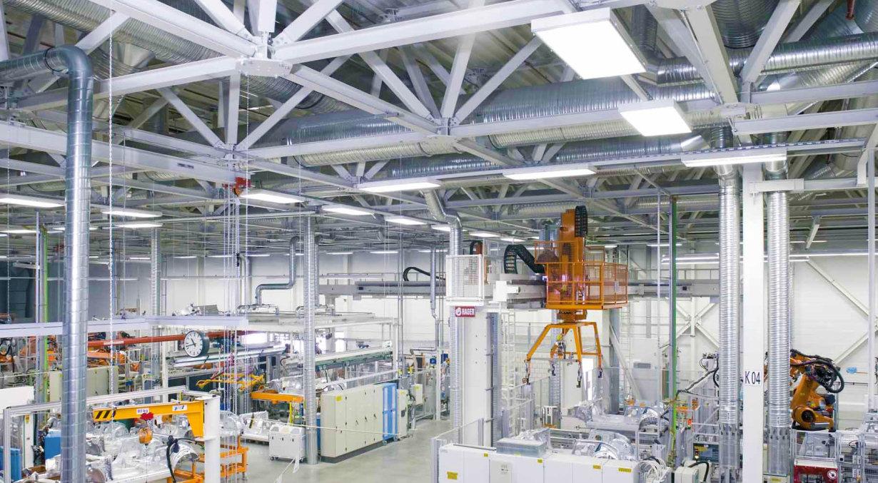 Zur Industriebeleuchtung