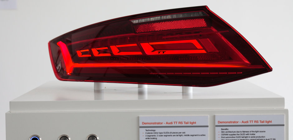 LED/OLED rear light demonstrator at the light + building 2016