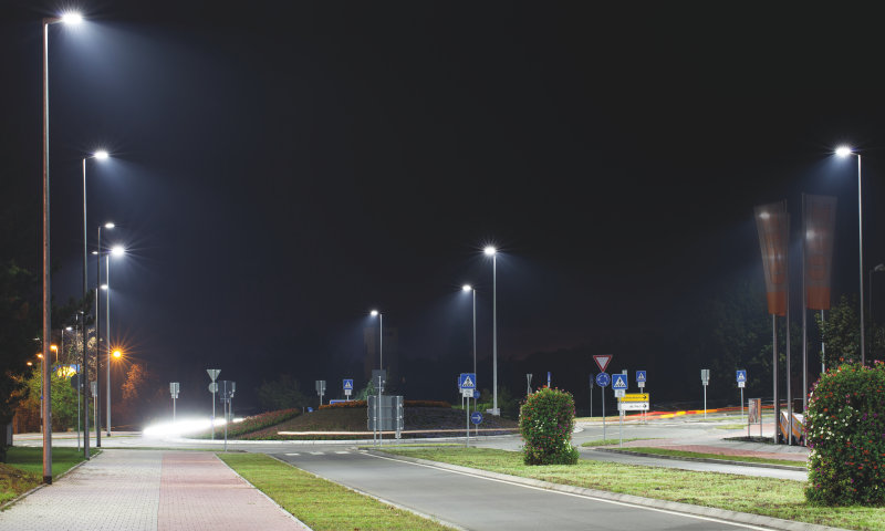 Smart street lighting recognizes ambient condition and adapts automatically with OSRAM sensor technology