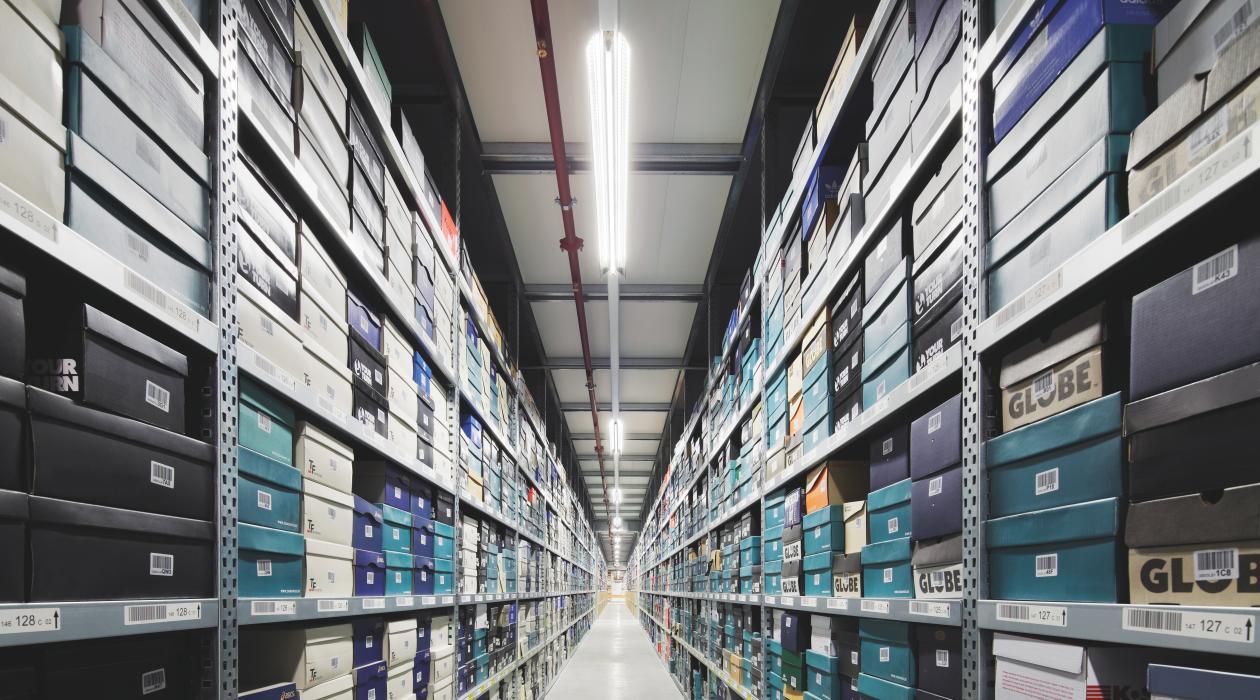 Efficient lighting for the new Zalando logistics center | Light is OSRAM