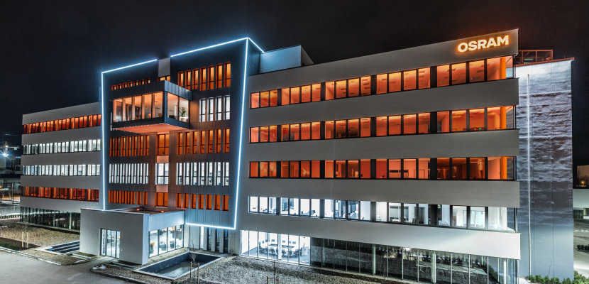 OSCONIQ® S 3030 for Office Lighting (OSRAM Office Regensburg)