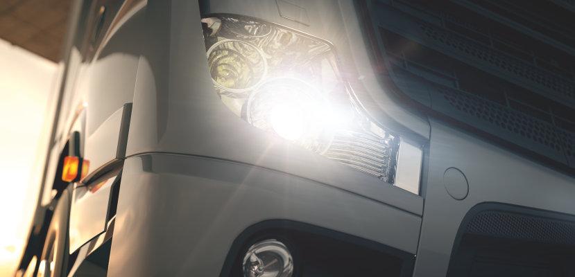 Truck with TRUCKSTAR PRO bulbs
