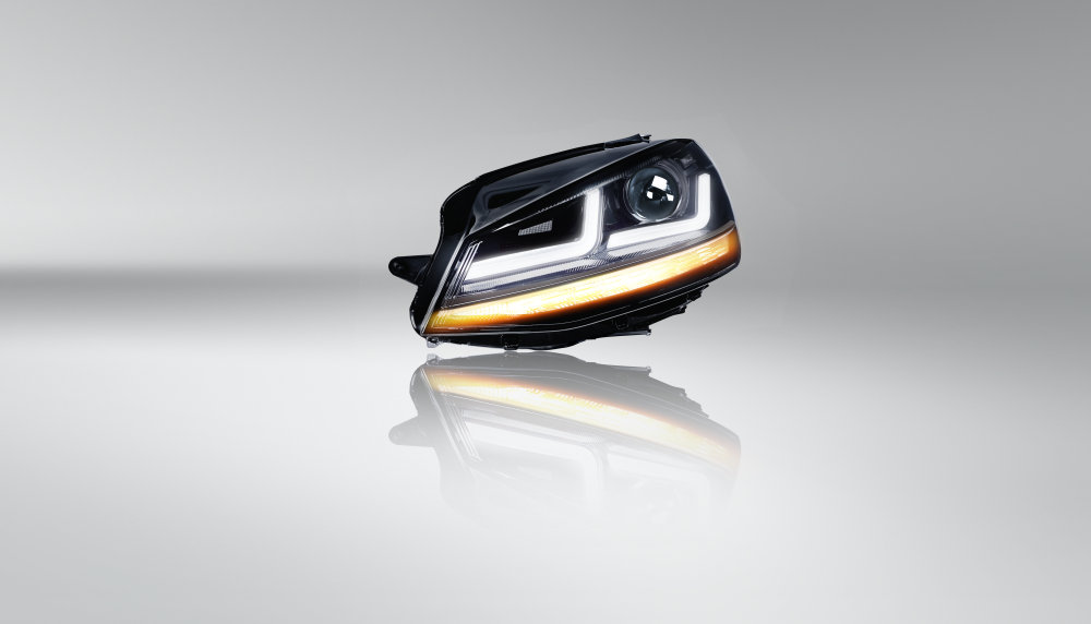 LEDriving headlight for VW Golf VII LEDHL103 104-BK