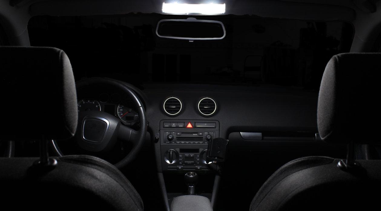 Iluminación interior para automóviles con reequipamientos LED