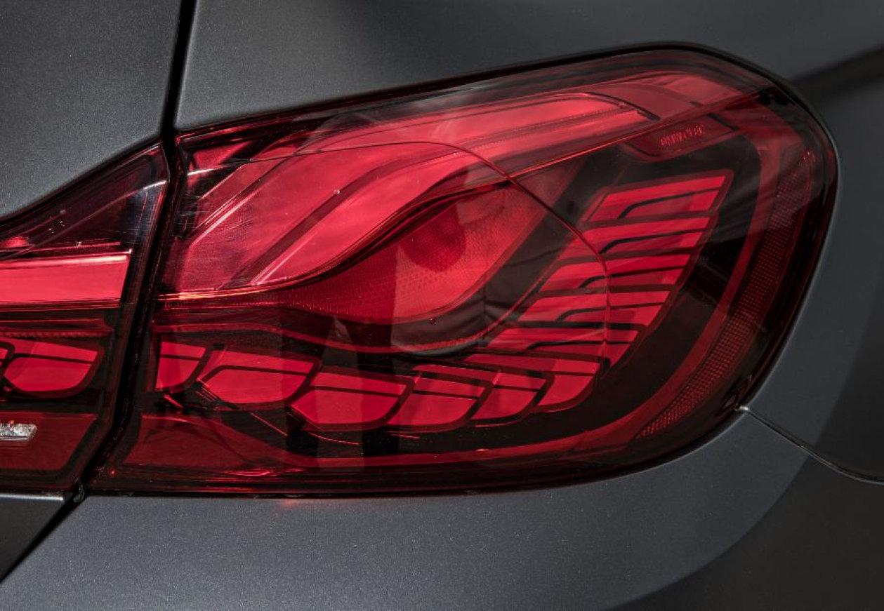 OLED nella BMW M4 GTS